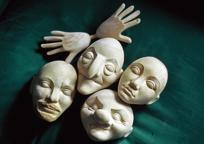 'Robin Hood' character heads and hands carved by Jan Zalud from Treasure Trove Puppet Company's designs.